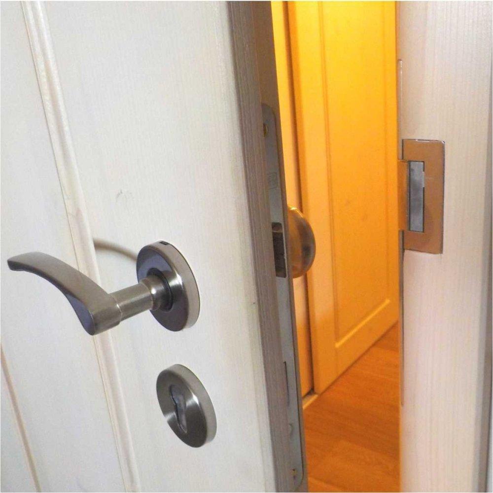 Elektrický zámek dveří s lakovaným štítkem